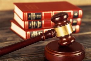 律师费包含在起诉费么?