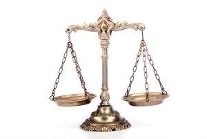 合肥请个律师要多少钱